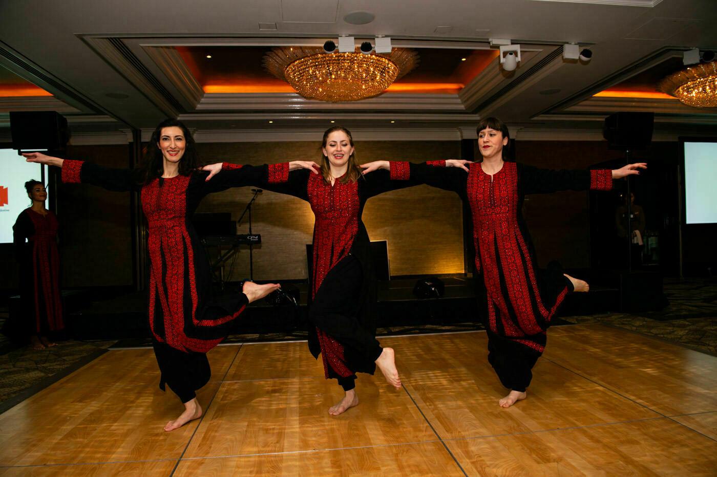 Jumeirah Carlton Tower DANCING